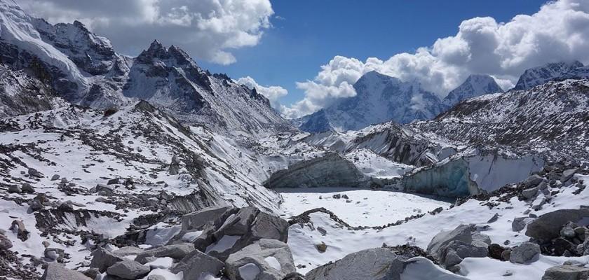 Everest Chola Pass Trekking